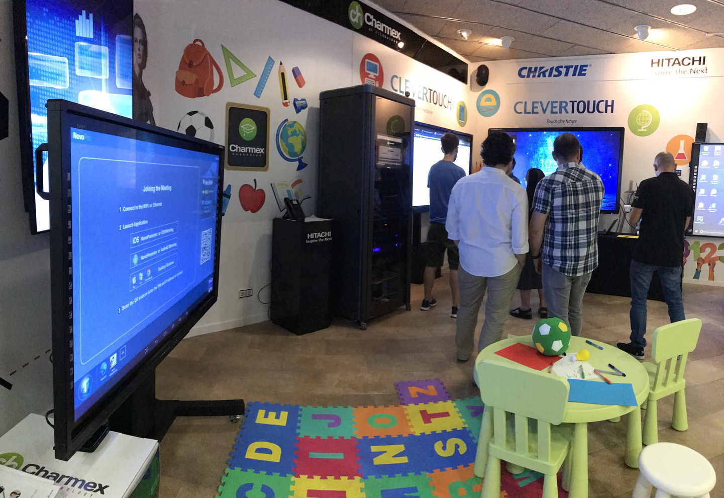 Charmex shows the latest AV solutions for the educational sector in its Barcelona showroom