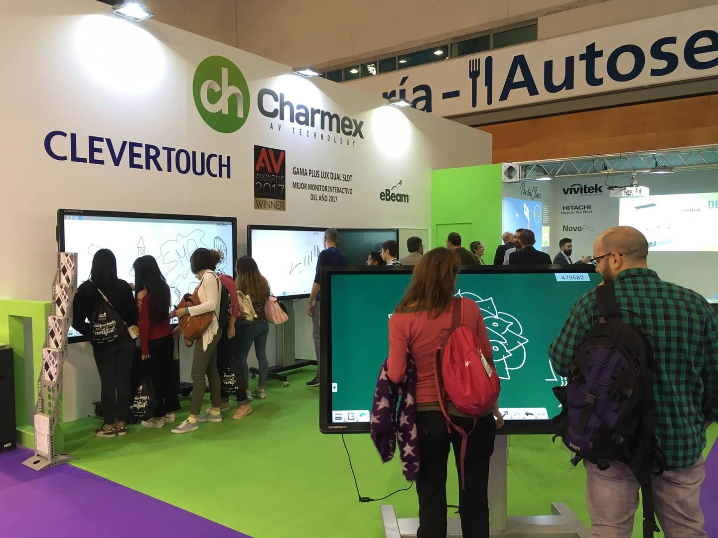 Charmex bets on interactivity for the educational environment with the Clevertouch monitors