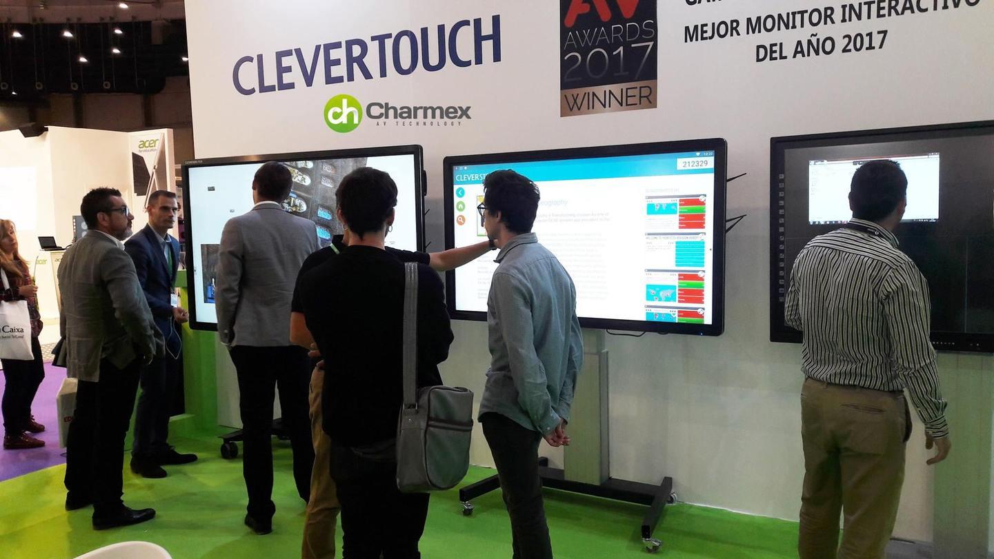 Charmex apuesta por la interactividad para el entorno educativo con los monitores de Clevertouch