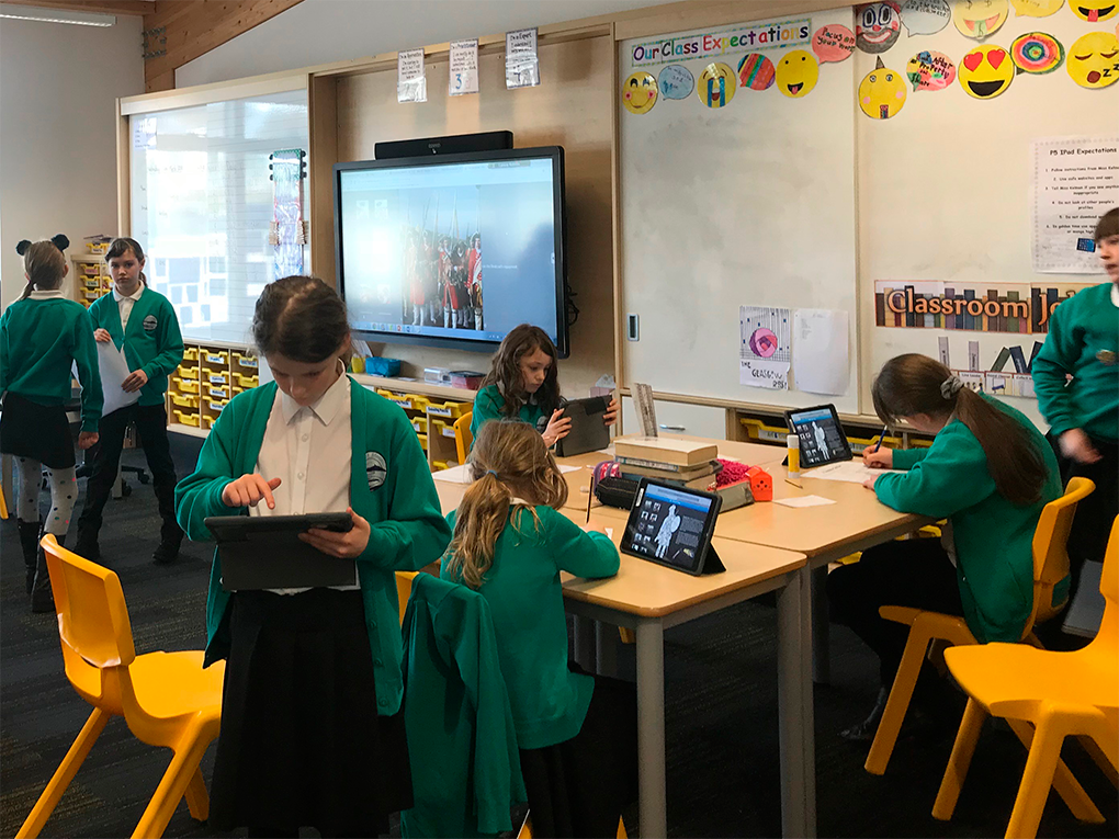 Una herramienta para integrar móviles y tabletas en clase